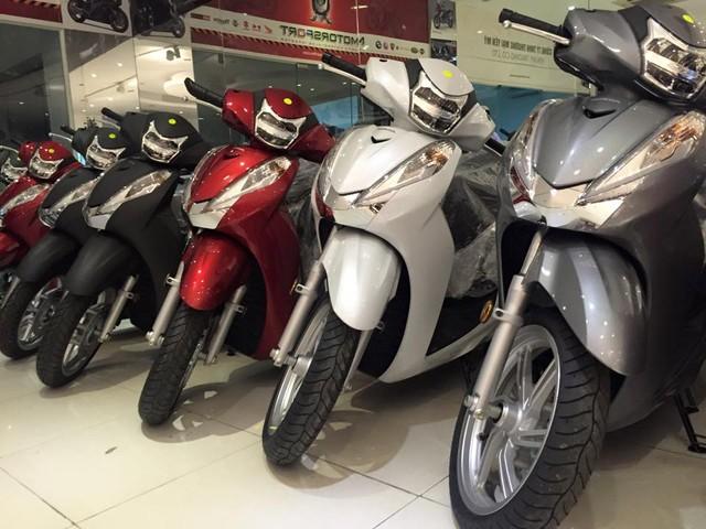 Giam gia manh Honda SH300i 2016 tai VN
