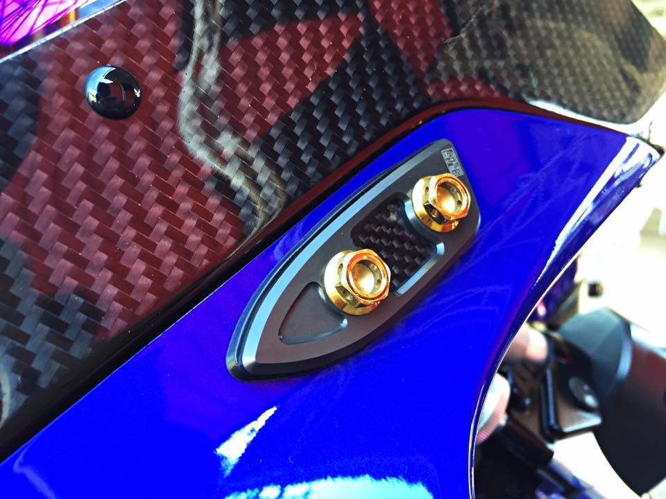 Hang khung YZFR1 trang bi tan rang goi do Racing - 7