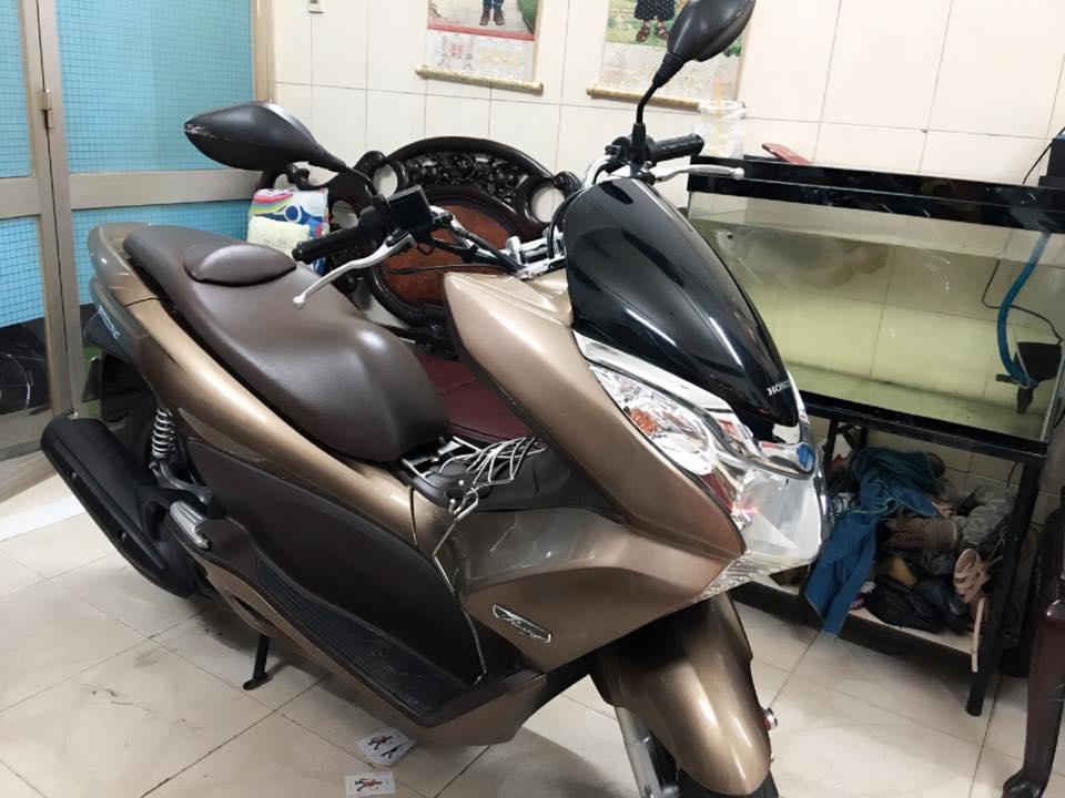 Honda Pcx 125fi vang dong chinh chu bstp 6788