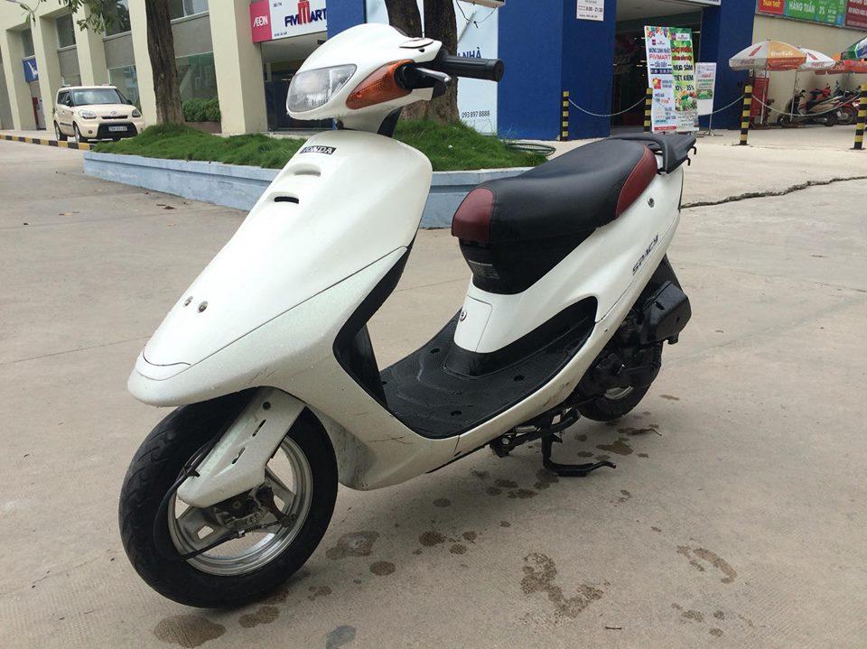 Honda Spacy 50cc nhap khau Nhat mau trang nguyen ban - 3