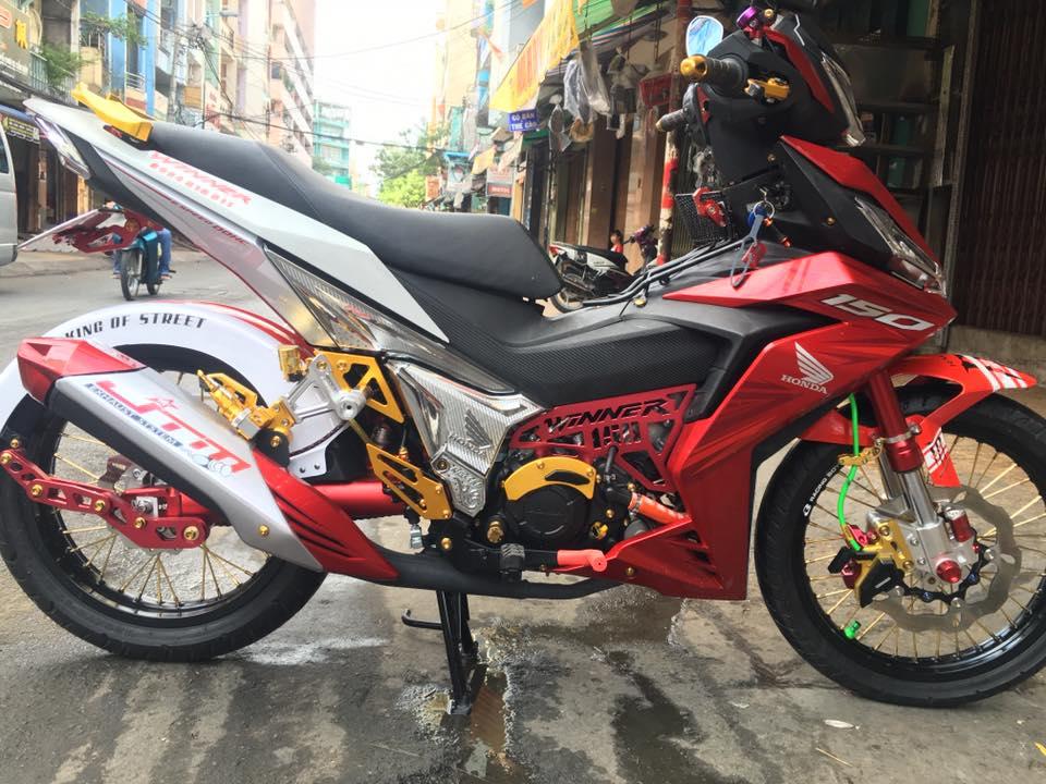 Honda Winner do leng keng voi dan chan day trang suc