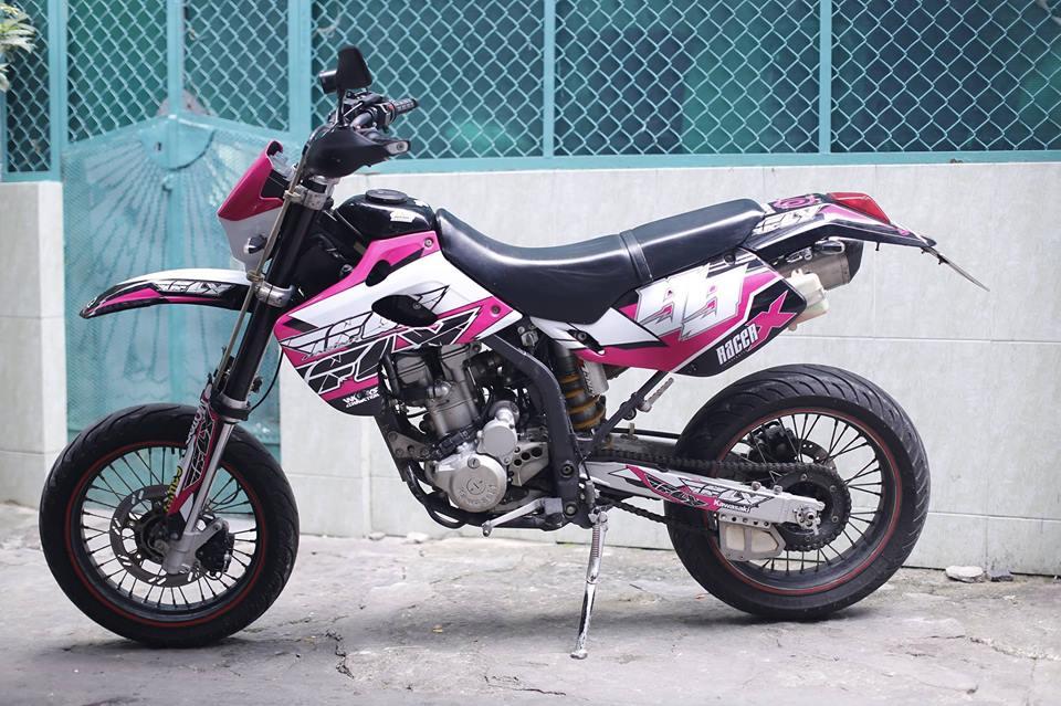 Kawasaki KLX 250 do po Akrapovic binh FCR 35 Racing va nhieu mon hay hay