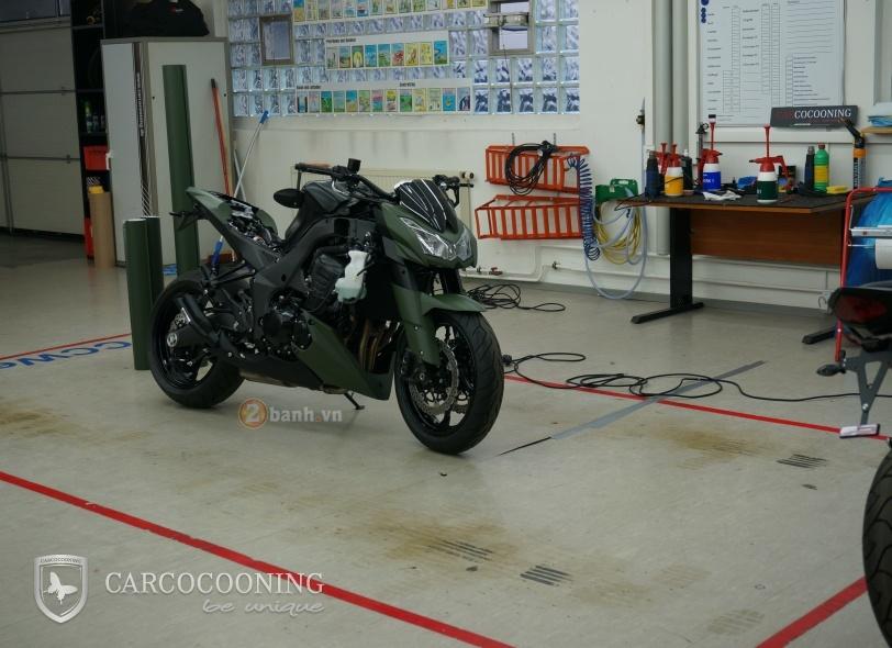 Kawasaki Z1000 an tuong trong bo canh Street Force - 4