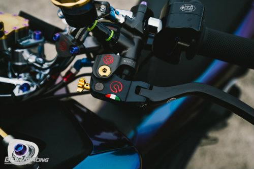 Ngam Honda PCX 150 do vang sieu dat cua dan choi - 3