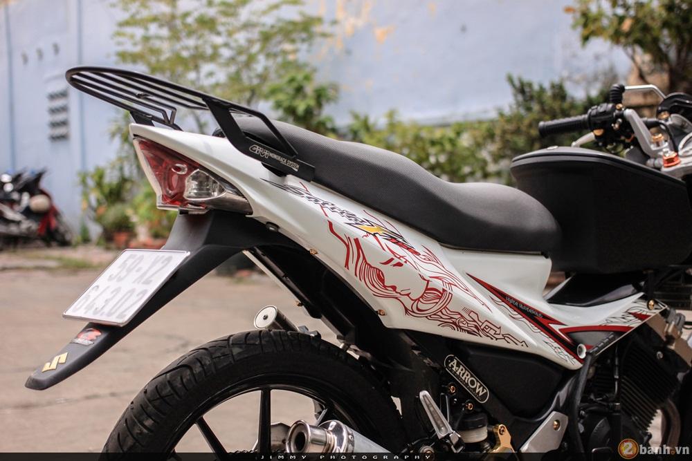 Satria F150 phien ban trang Ngoc Trinh cua tay choi Sai Gon - 3
