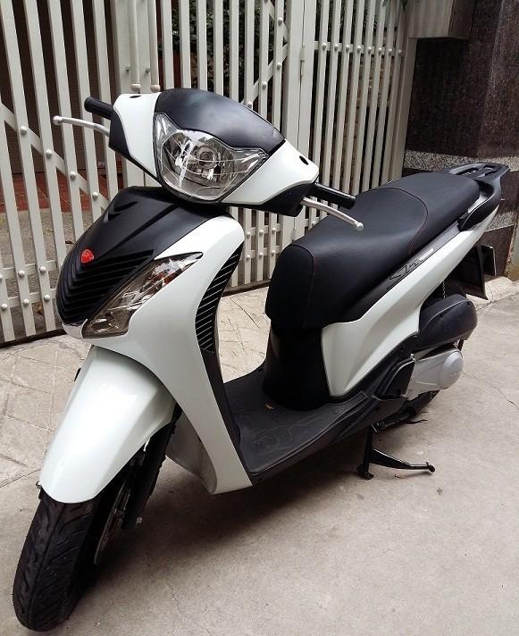 Sh125i Sport Y mau trang nhap khau 2012