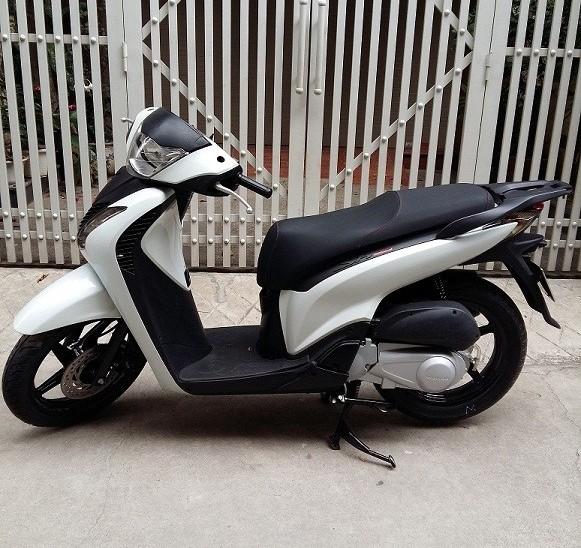 Sh125i Sport Y mau trang nhap khau 2012 - 3