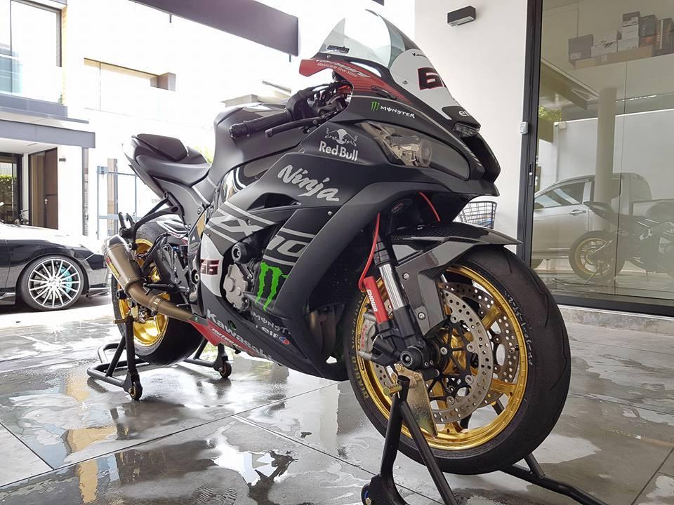 Sieu pham ZX10R chat choi voi do khung cua biker Thai - 5