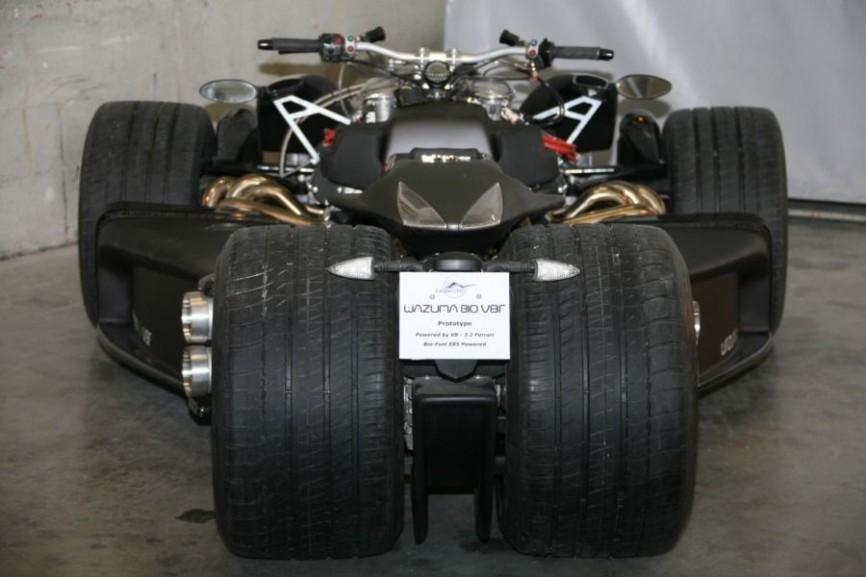 Sieu xe Wazuma V8F Matt Edition su ket hop suc manh giua R1 BMW va Ferrari - 5
