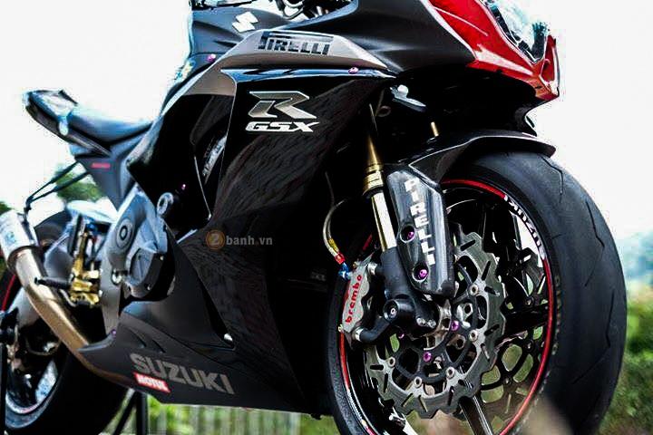 Suzuki GSXR1000 day an tuong voi phien ban Dark Knight - 3