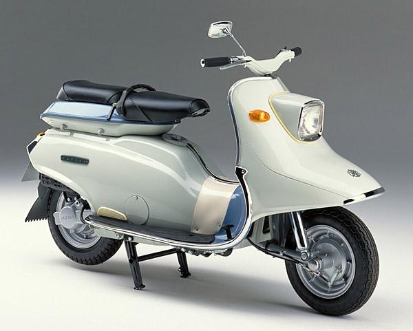 Ten tuoi de che Yamaha duoc tao nen tu nhung mau xe huyen thoai - 5