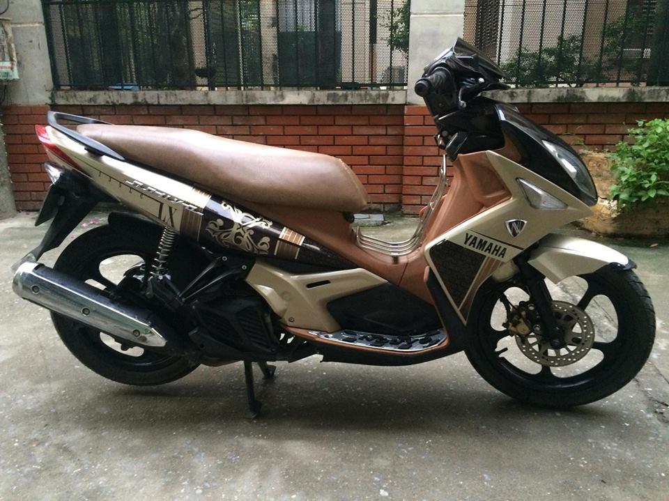 Yamaha Nouvo LX 135cc mau nau vang 2011 nhu moi