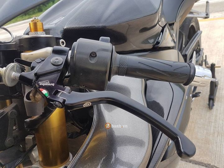Yamaha R1 day cung cap voi phien ban Machine Grey - 5