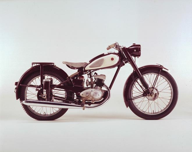 Ten tuoi de che Yamaha duoc tao nen tu nhung mau xe huyen thoai - 2