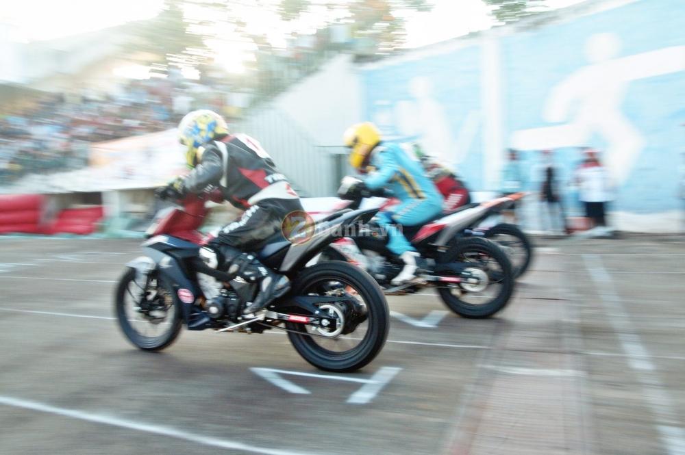 Winner 150 net po vang troi trong giai dua Honda tai Dong Thap