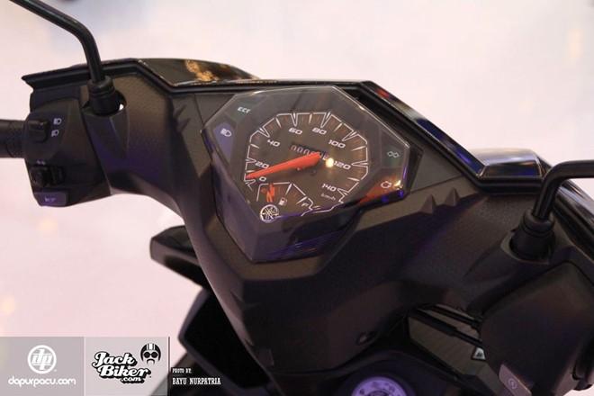 Yamaha Mio M3 xe ga danh cho phai nu voi he thong khoa da dung - 3