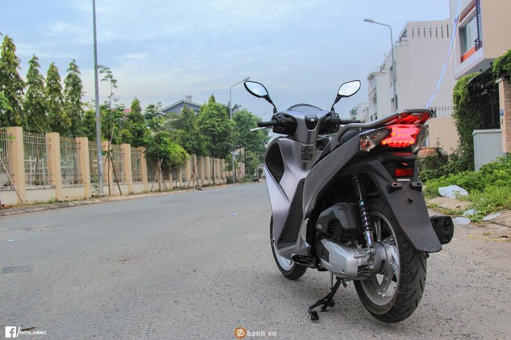 Cam nhan thuc te tren Honda SH 150i 2017 sau 300km - 5