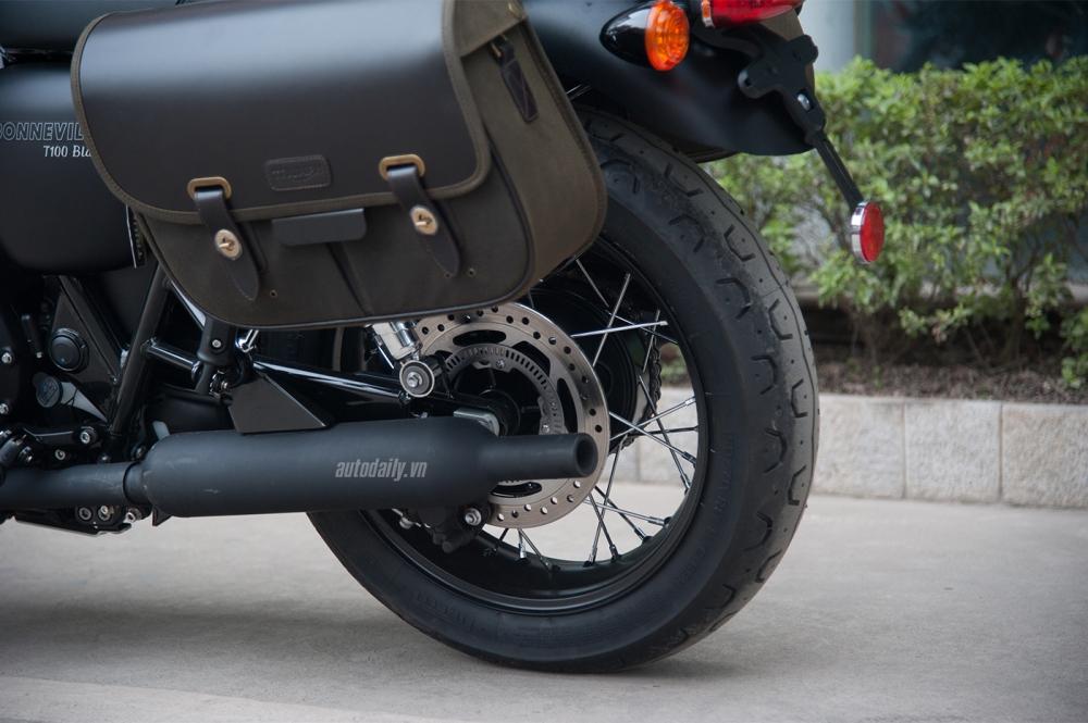 Chi tiet Triumph Bonneville T100 Black 2017 dau tien vua ve Viet Nam - 6
