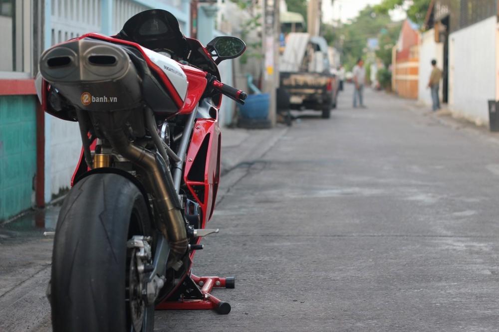 Huyen thoai troi day Ducati 999S trong ban nang cap day an tuong - 11