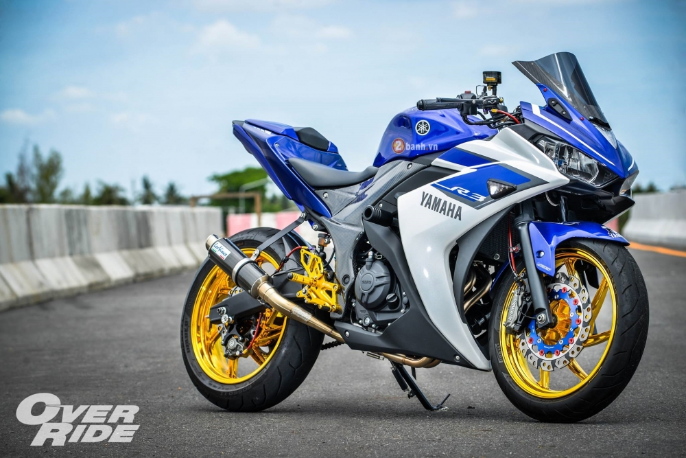 Yamaha R3 do day an tuong trong phien ban Blood RSeries