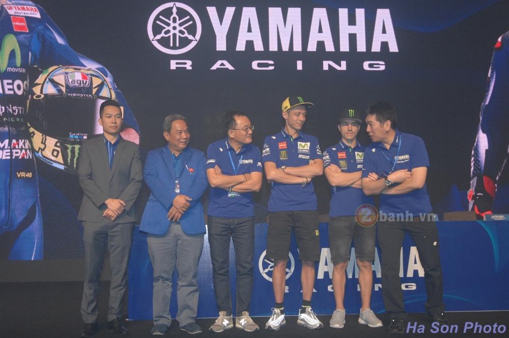 Khan gia Viet da co co hoi giao luu voi hai tay dua cua doi dua Movistar Yamaha MotoGP 2017 - 3