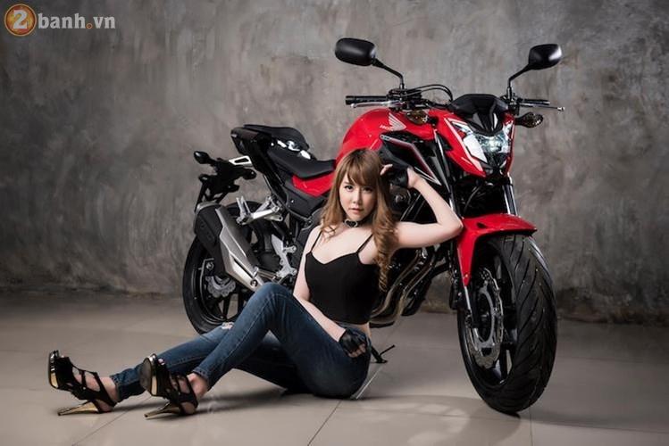 Hotgirl xinh dep tha dang day sexy ben canh Honda CB500F 2017 - 9