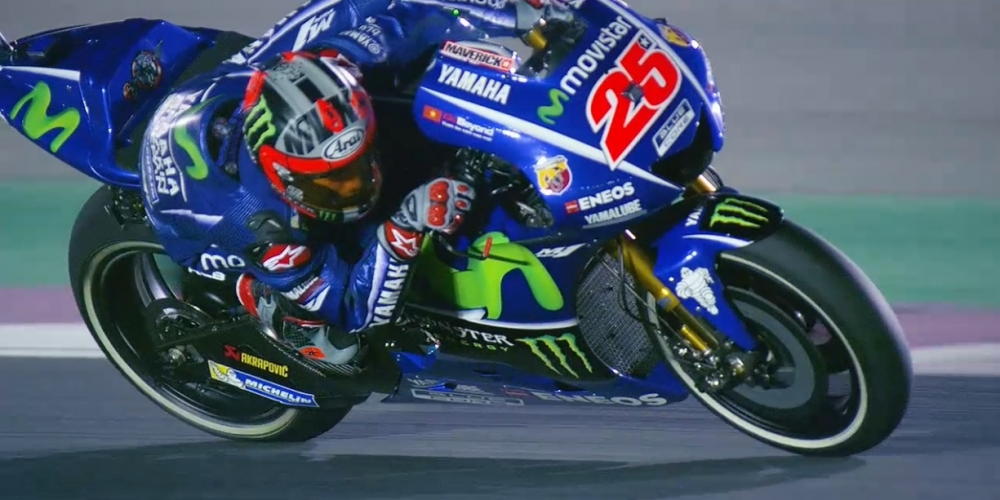 MotoGP Khan gia Viet vo cung hung khoi khi quoc ky Viet Nam xuat hien tren chiec xe dua YZRM1 - 9