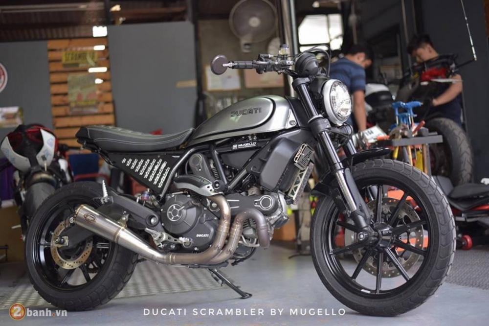 Ducati Scrambler chien binh hoai co lot xac day an tuong tu Mugello