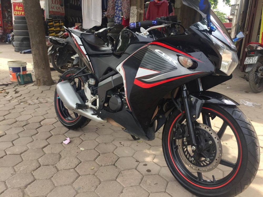 Ban chiec Honda CBR 150 nhap khau