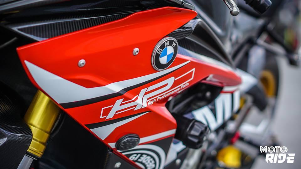 BMW S1000RR phien ban Black carbon - 6