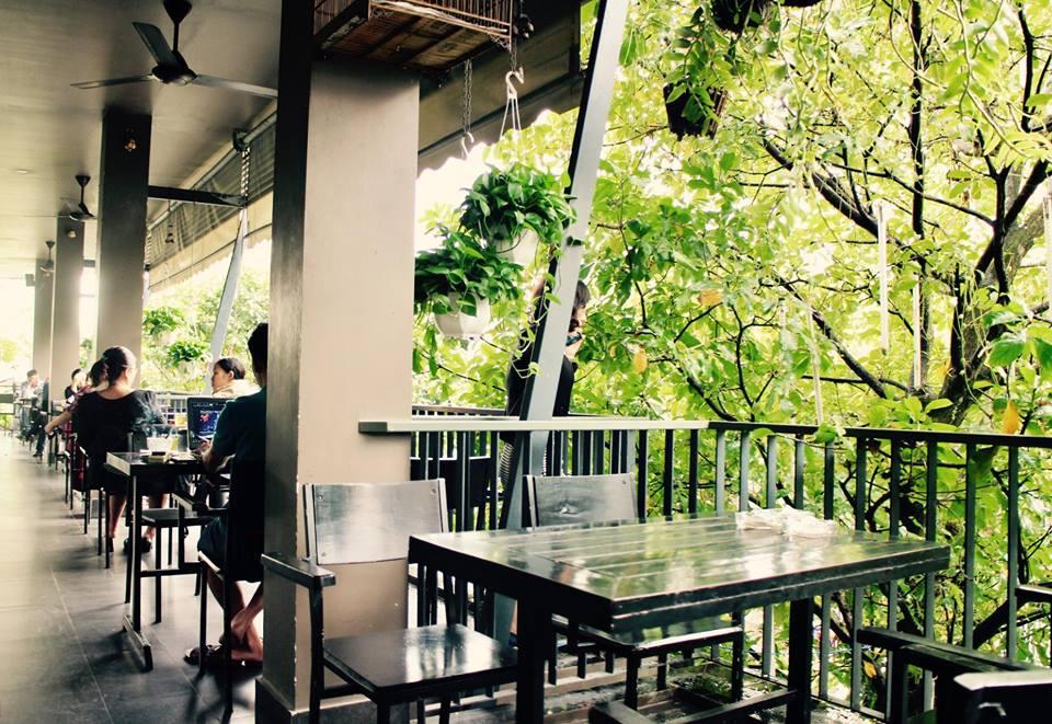 Bo tui ngay 10 quan cafe view cao thay toan canh Da Nang - 13