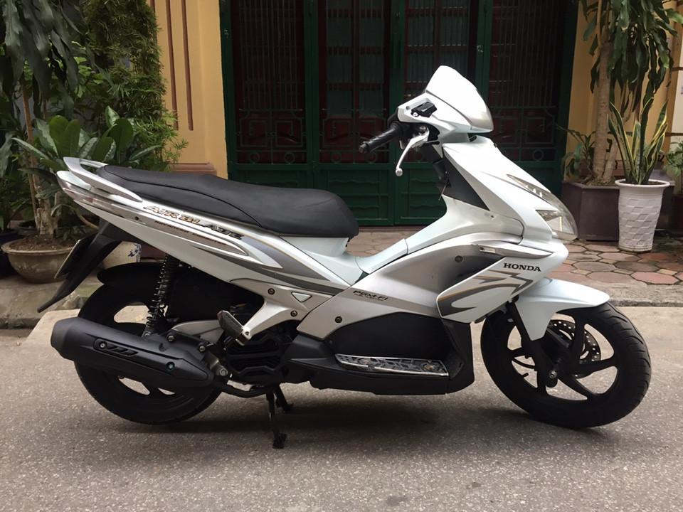 Can ban Honda Airblade fi doi 2010 vanh 6 nan chinh chu mau trang - 2