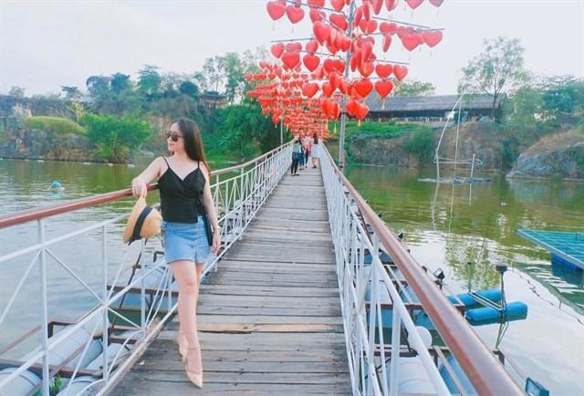 Gioi tre keo nhau di Vinh Ha Long mini chi cach SG 31km - 15