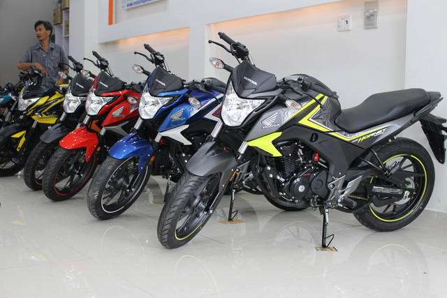 Honda CB Hornet 160R 2017 gia 73 trieu dong ve Viet Nam