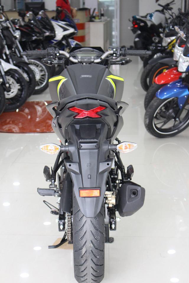 Honda CB Hornet 160R 2017 gia 73 trieu dong ve Viet Nam - 9