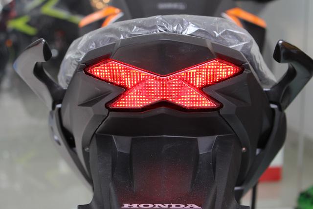 Honda CB Hornet 160R 2017 gia 73 trieu dong ve Viet Nam - 11