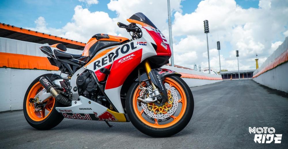 Honda CBR1000RR dep den ngo ngang trong phong cach 93 MotoGP