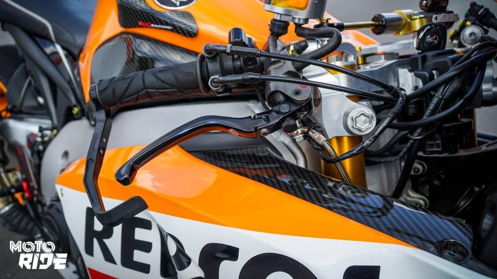 Honda CBR1000RR dep den ngo ngang trong phong cach 93 MotoGP - 5