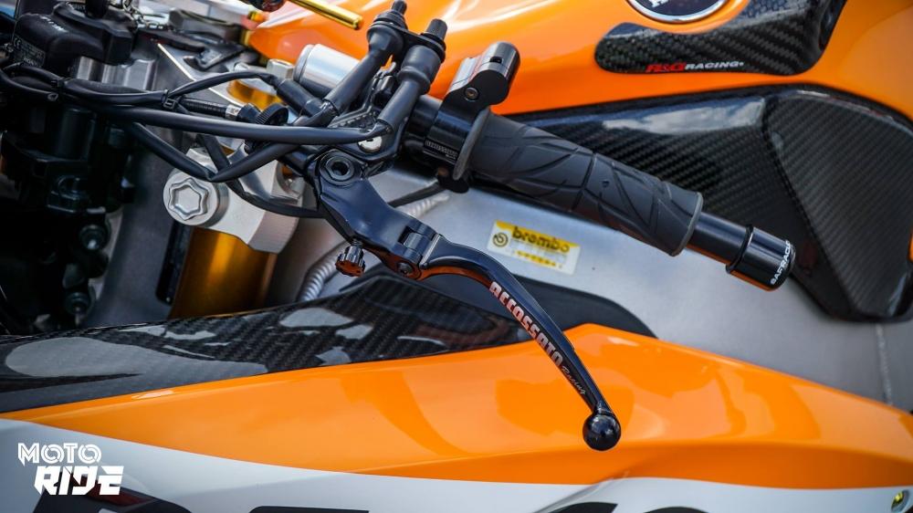 Honda CBR1000RR dep den ngo ngang trong phong cach 93 MotoGP - 7
