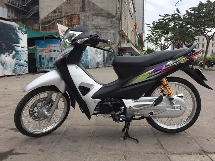 Honda Wave a phien ban sieu nhan bac ca tinh voi dan do choi cao cap - 5