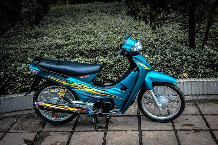Honda Wave full nguyen to xanh day suc song tuoi tre