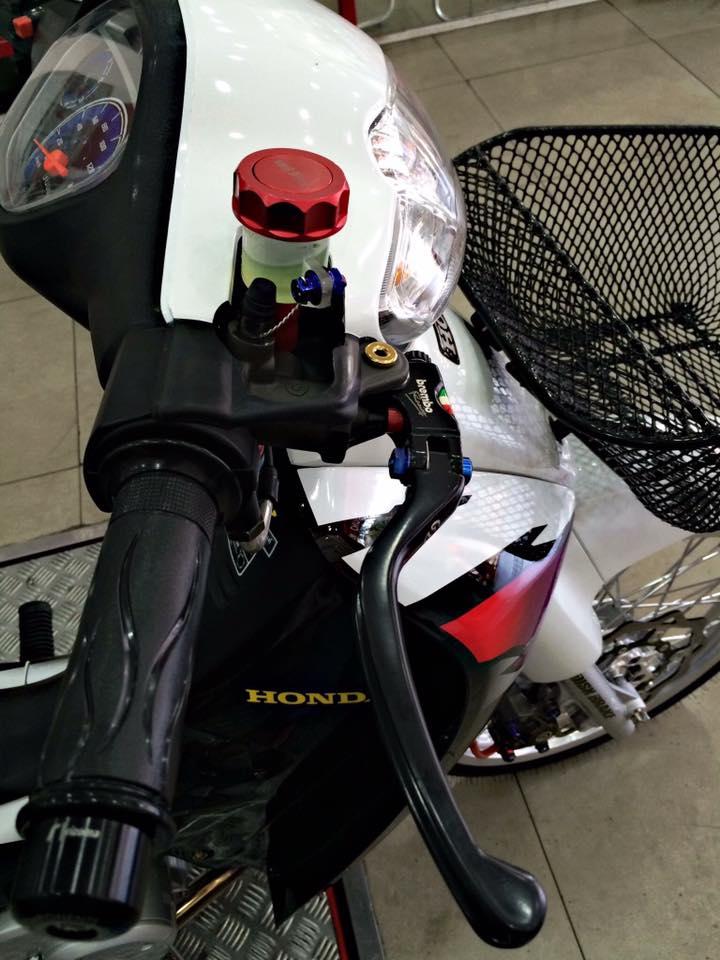 Honda Wave ZX phien ban bach cong tu voi dan do choi chiu chi - 2
