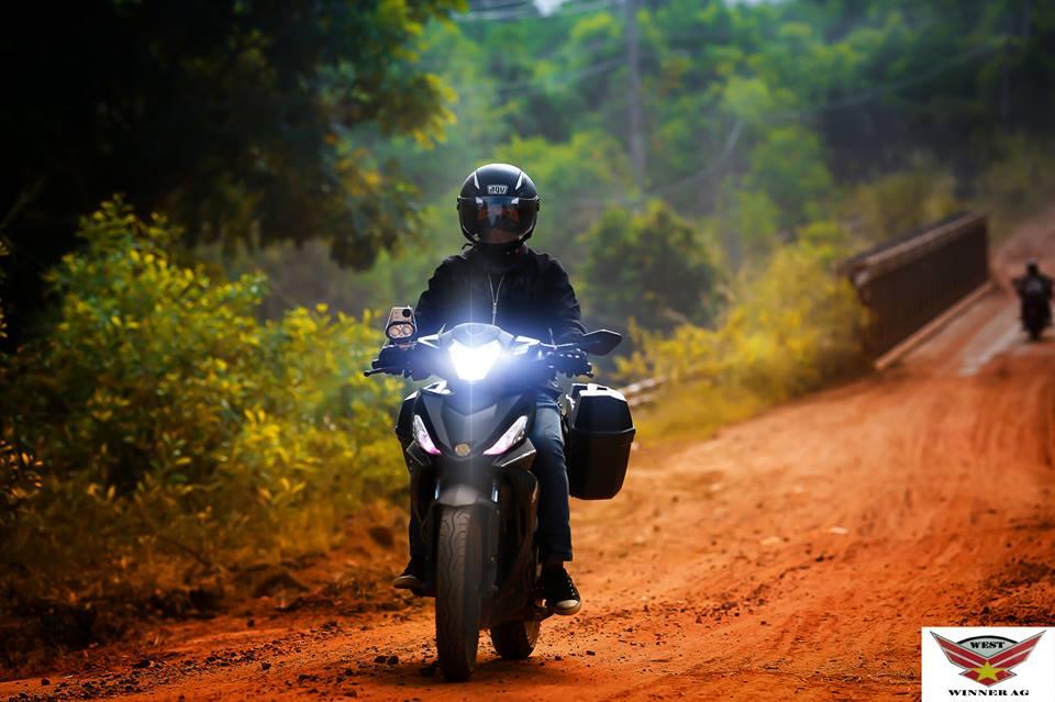 Honda Winner 150cc bo anh dep voi goc nhin dan phuot - 5
