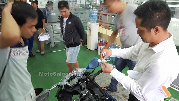Mau sportbike co nho Suzuki GSXR150 chinh hang da ve den dai li voi gia de xuat 75 trieu dong - 3