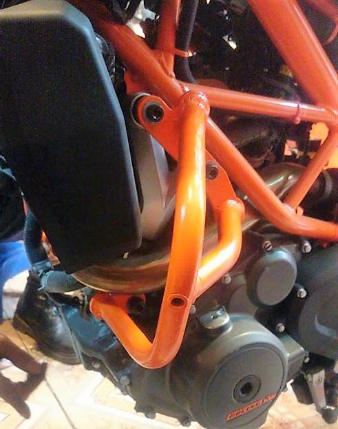 MTStore Chong do Cobra cho KTM Duke - 8