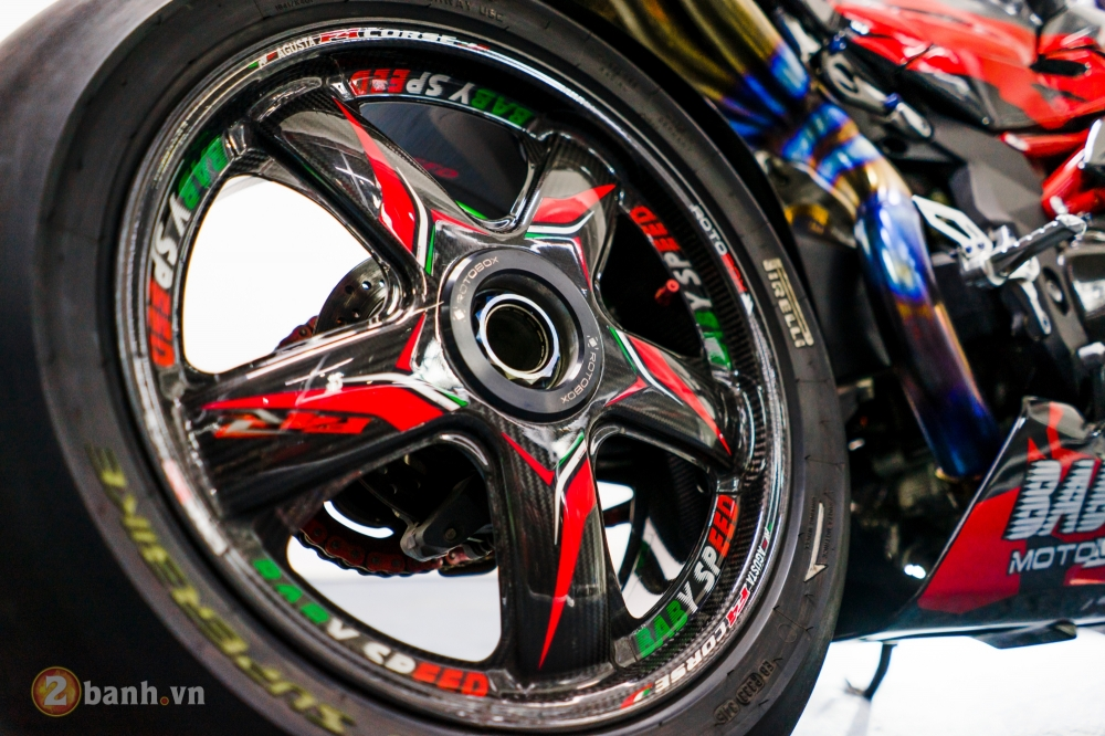 MV Agusta F4 RR dep khong the cuong trong ban do tien ty cua biker Viet - 7