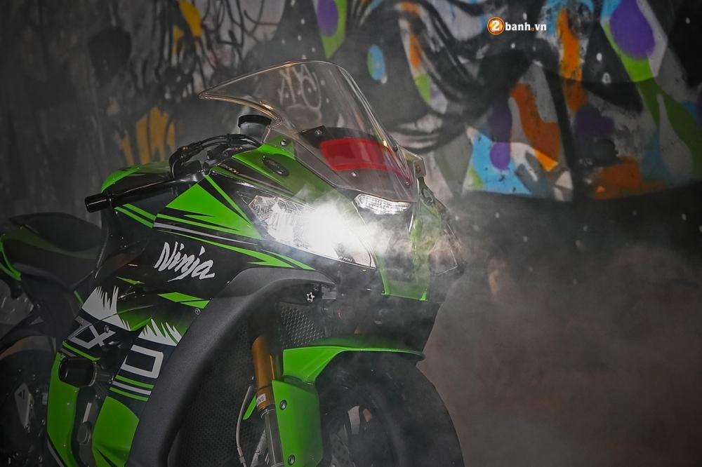 Ninja ZX10R ao dieu trong buc anh suong khoi huyen bi - 18