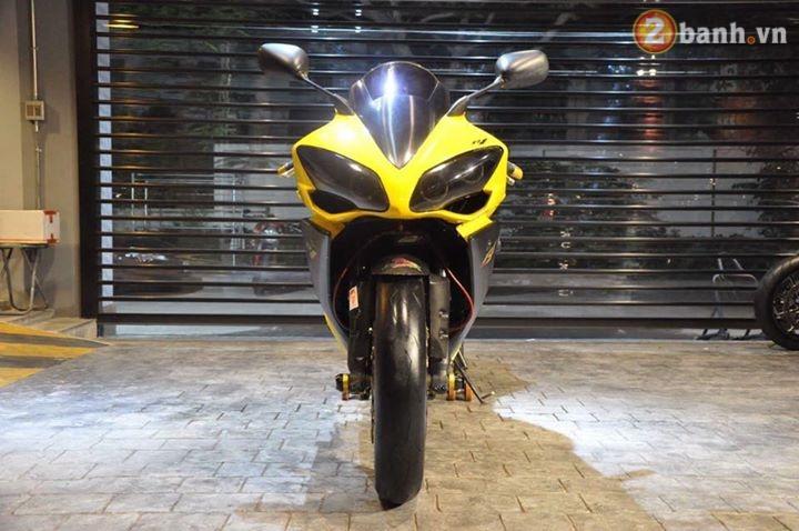 Sieu nhan vang Yamaha R1 dep trai hon voi dan option do choi hang hieu - 2