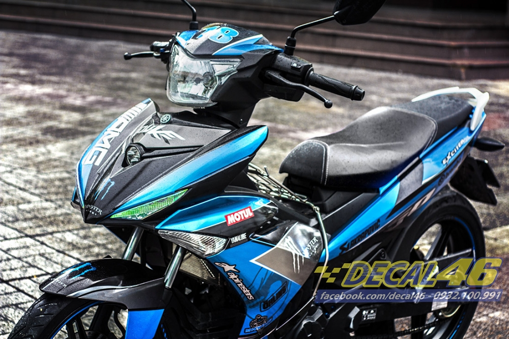 Tem trum Exciter 150 Monster xanh den phong cach tai Decal 46