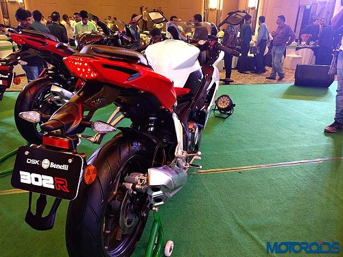 Trinh lang Benelli 302R 2017 Sportbike tam trung day suc hut - 3